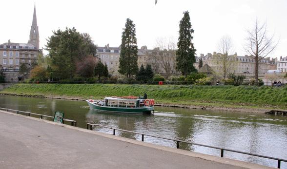 Häämatka lumoavaan Bathiin