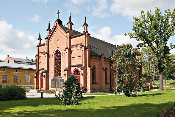 Vihkipaikkatarina: Tampereen Finlaysonin kirkko