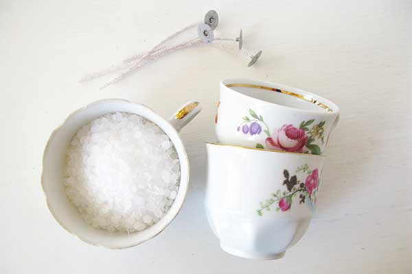 Tee itse kahvikuppikynttilä
