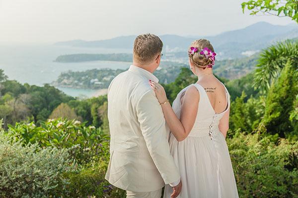 Gitta ja Mikael sanoivat tahdon Thaimaassa