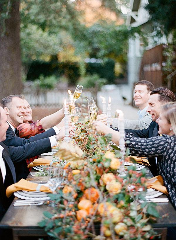 Värikkään syksyn hurmosta juhlassa lähimmille ystäville ja perheenjäsenille