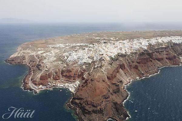 Helikopterin kyydissä Santorinilla