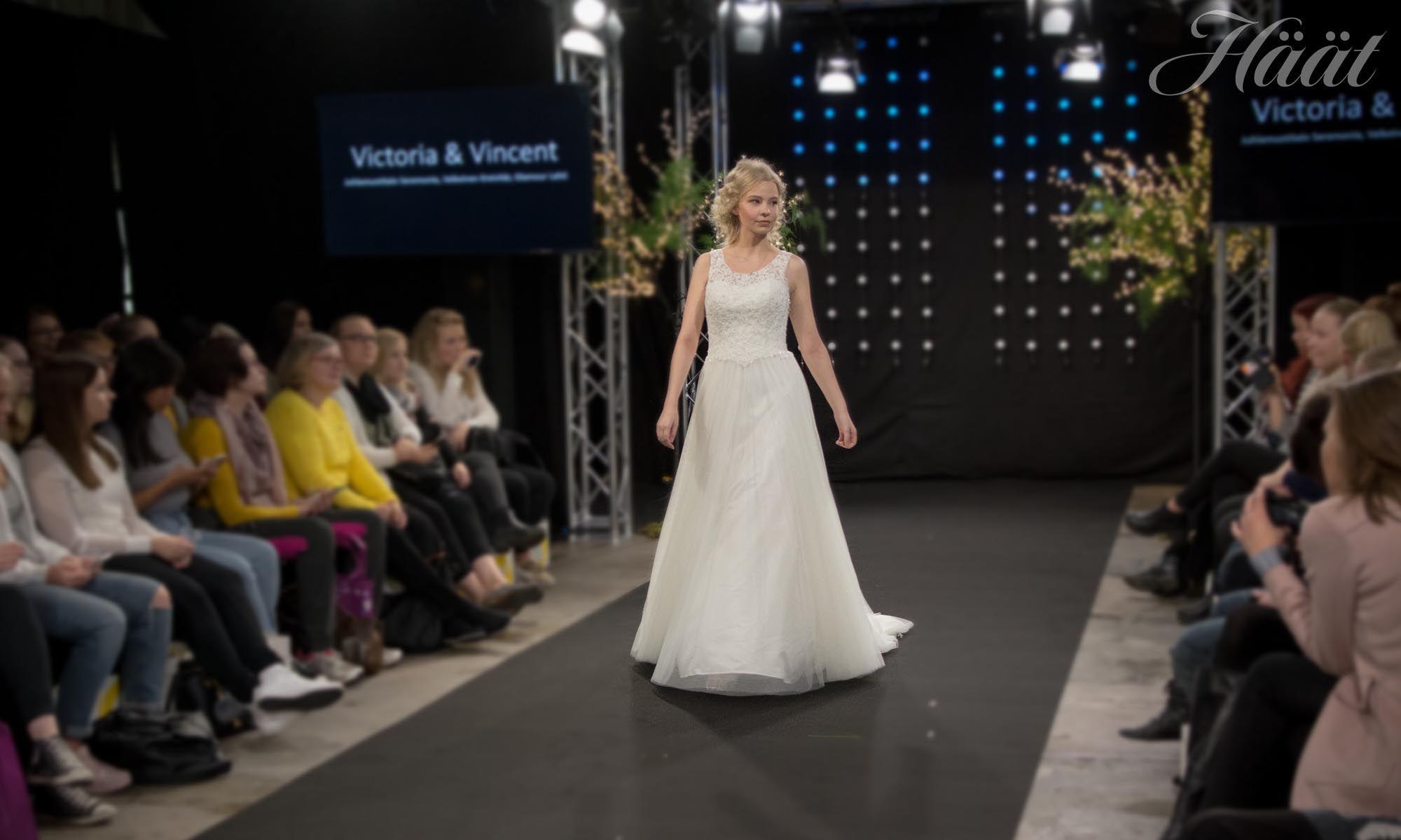 Victoria & Vincent hääpuku 2018