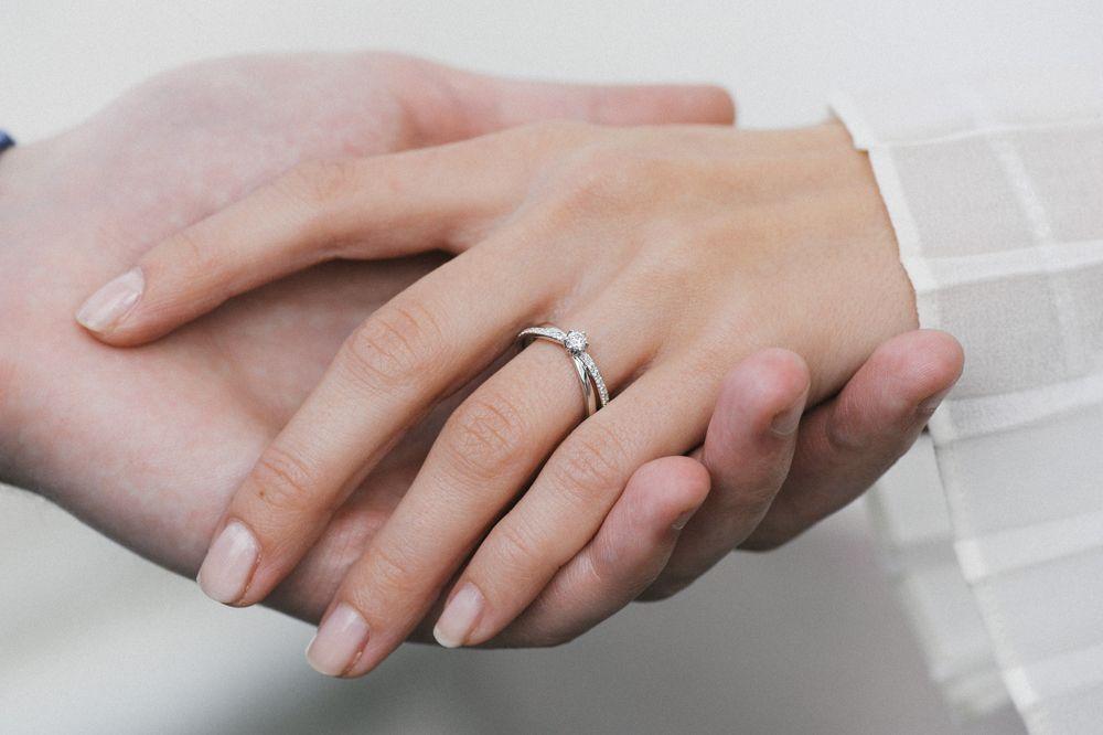 Lupaus-sormus valmistuu