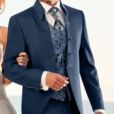 Wilvorst sininen sulhasen puku