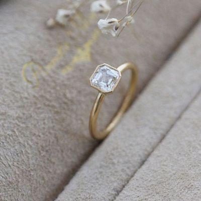 vihkisormus timanttisormus keltakultaa Annette Tillander Thora