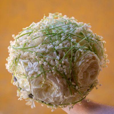 Piilola hääkimppu moderni valkoinen vihrea kielo ruusu