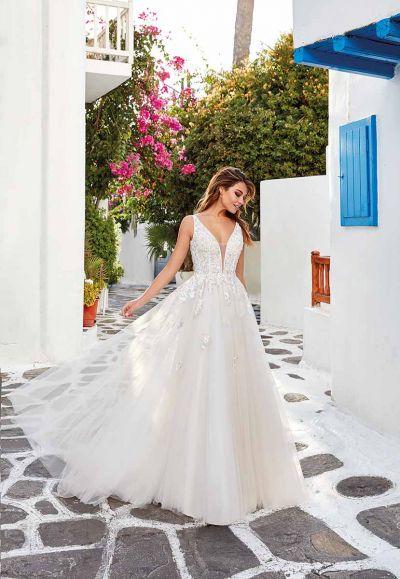 Hääpuku Sabrina Eddy K Wedding Garage