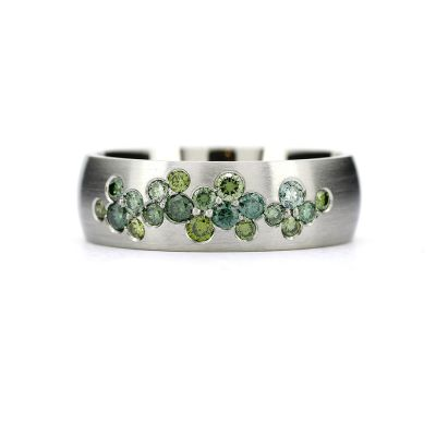 vihkisormus vihreät timantit Caila-sormus Torkkeli Jewellery