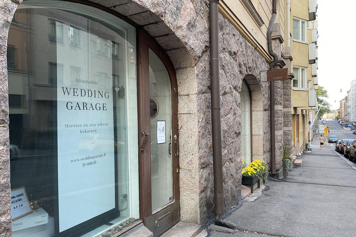 Hääpukuliike Wedding Garage Mariankatu Helsinki