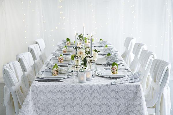 Lautasliinalla on yllättävän iso merkitys juhlapöydän tunnelmassa